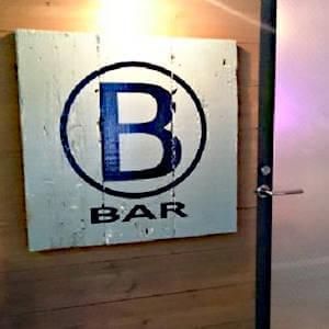 渋谷のゲイバー BAR B